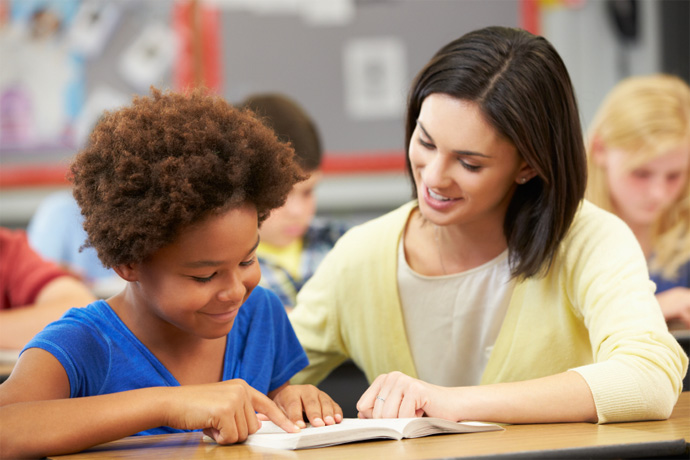 How Much Does a Teaching Assistant Get Paid?