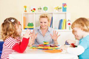 Become a preschool assistant through online training